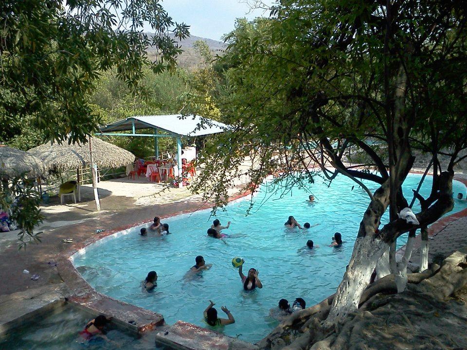 Articulos y tips de viaje sobre balnearios y campamentos for Villas tortuga celestino sinaloa